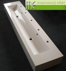 Waschrinne für KiTa: 200 x 40 cm, 25 cm hohe Frontsockel und Seitenabschlüssen, 5 Armaturenlöcher