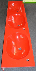 ME sro_umyvadlova deska Waschtisch Flexible60_3 x Waschbecken MANGO52_cervena RAL 3020