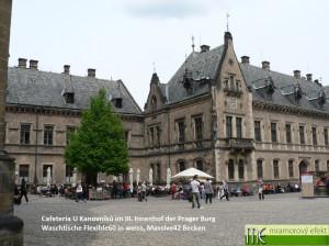 Cafeteria U Kanovníků im III. Innenhof der Prager Burg_weisse Waschtische Flexible60_Massive42 Becken